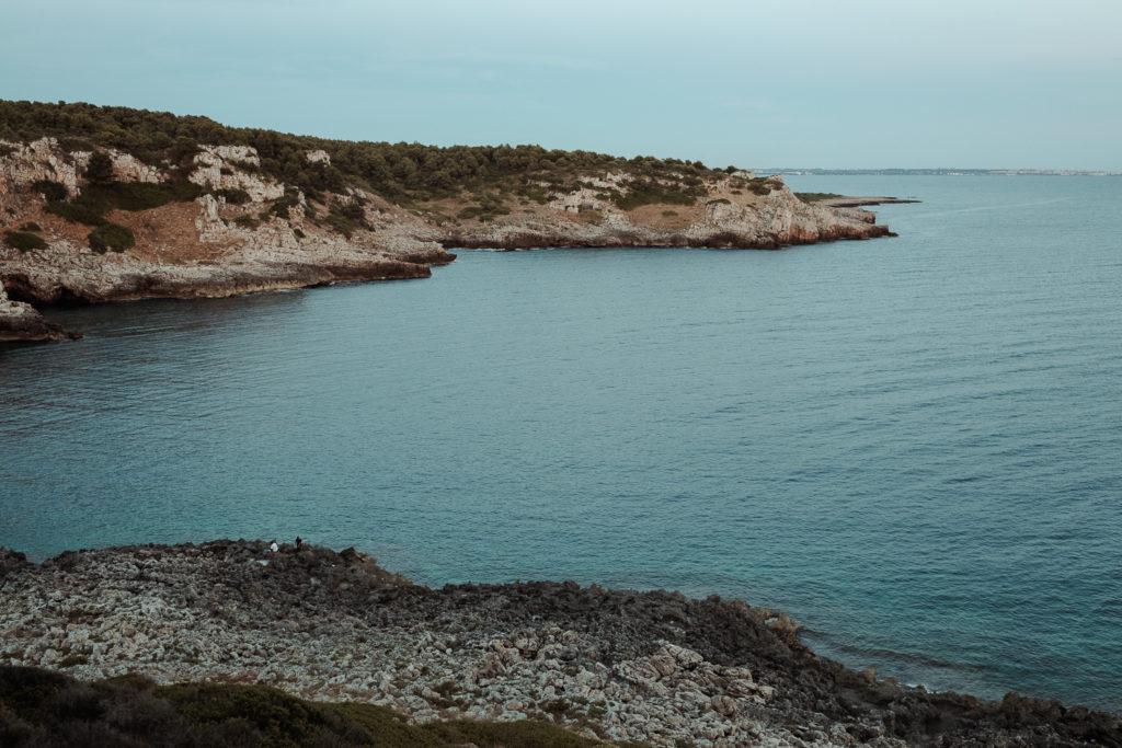 widok na zatokę wieczorem